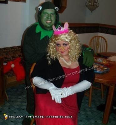 Homemade Kermit and Miss Piggy Couple Halloween Costume