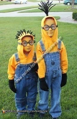 coolest-homemade-minions-costume-21417104.jpg