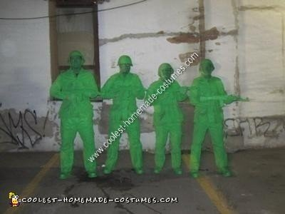 Homemade Plastic Army Men Group Halloween Costume Idea
