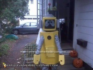 coolest-homemade-plex-the-robot-halloween-costume-7-21452421.jpg
