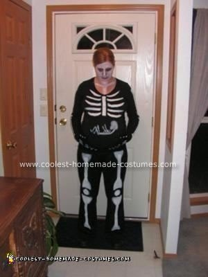 Homemade Pregnant Skeleton Costume Idea