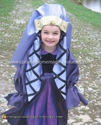 Coolest Homemade Queen Amidala Girl's Costume