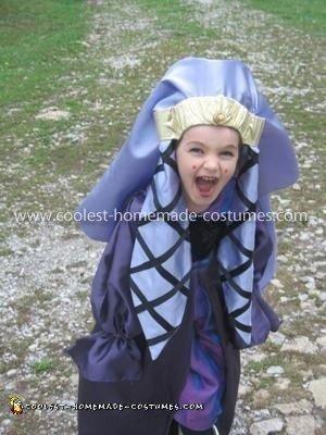 Coolest Homemade Queen Amidala Girl's Costume
