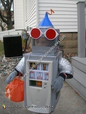 Homemade Robot Halloween Costume Idea