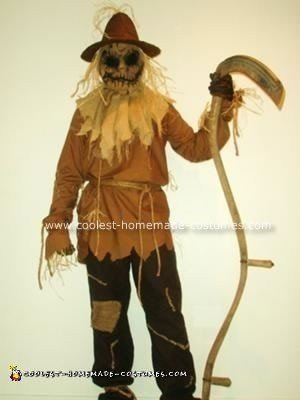 Scary Scarecrow Halloween Costume