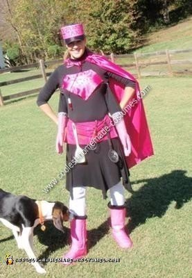 Homemade Supermom Costume Idea