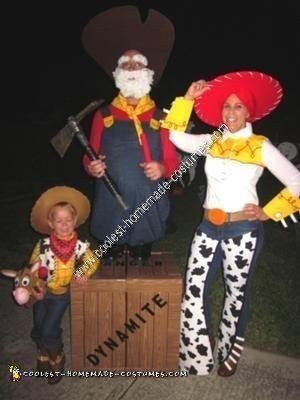 Coolest Homemade Toy Story 2 Woody S Round Up Gang Costumes
