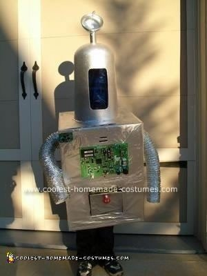 Homemade Voice Modulated Robot Halloween Costume