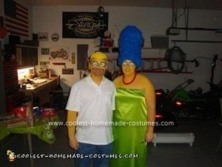 Homer and Marge Simpson DIY Couple Halloween Costume Idea