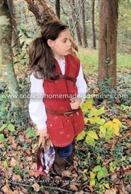 Coolest Lucy Pevensie from Narnia 3 Costume 11