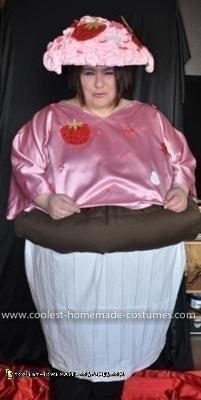 Homemade Muffin Costume