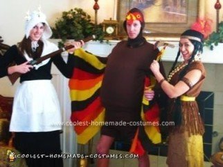 coolest-plymouth-rock-turkey-pilgrim-and-native-american-group-halloween-costume-ideas-21422501.jpg