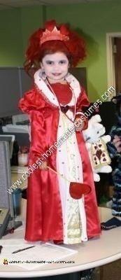 Homemade Red Queen from Tim Burton's Alice in Wonderland Girl's Costume Idea
