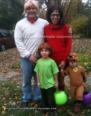 Homemade Scooby Doo Gang Family Costume
