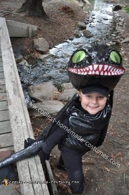Homemade Toothless Night Fury Dragon Costume