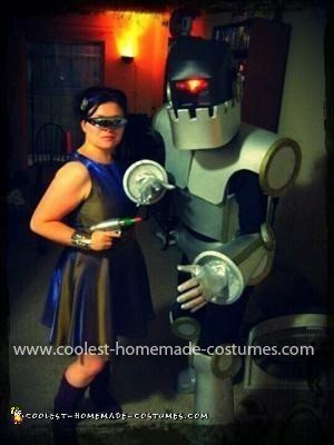 Homemade Vintage Sci-Fi Robot Costume.