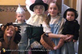 Homemade Wizard of Oz Family Costume