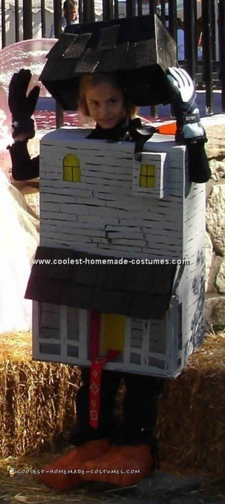 Free Halloween Costume Pattern and Lots of Homemade Costume Ideas