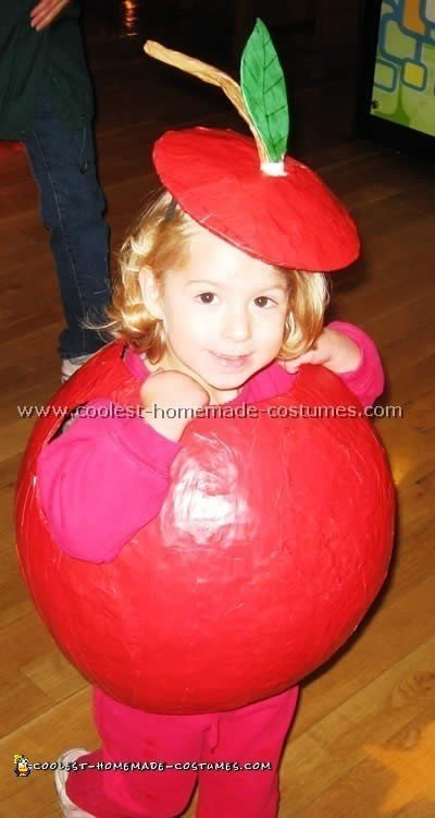 how to make apple costume at home