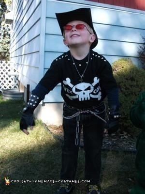 homemade-billy-the-exterminator-costume-21425245.jpg