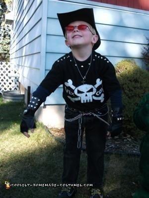 homemade-billy-the-exterminator-costume-21425245.jpg