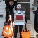 homemade-computer-halloween-costume-21426738.jpg
