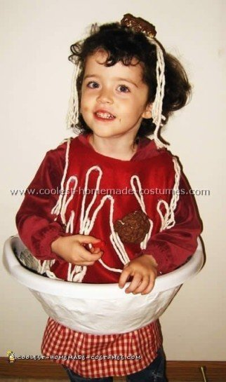 Cool Spaghetti and Meatballs Homemade Costume Ideas
