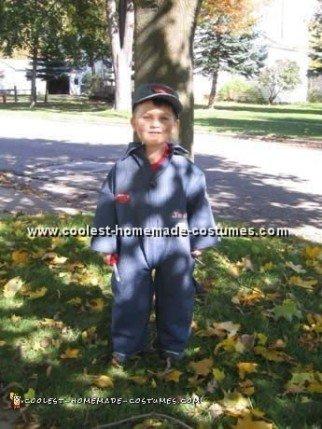 lightning-mcqueen-halloween-costume-01.jpg