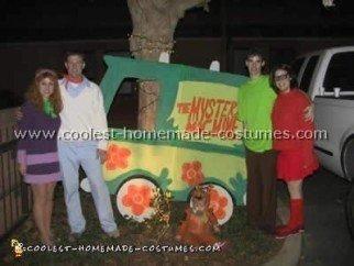 scooby-doo-costumes-03.jpg