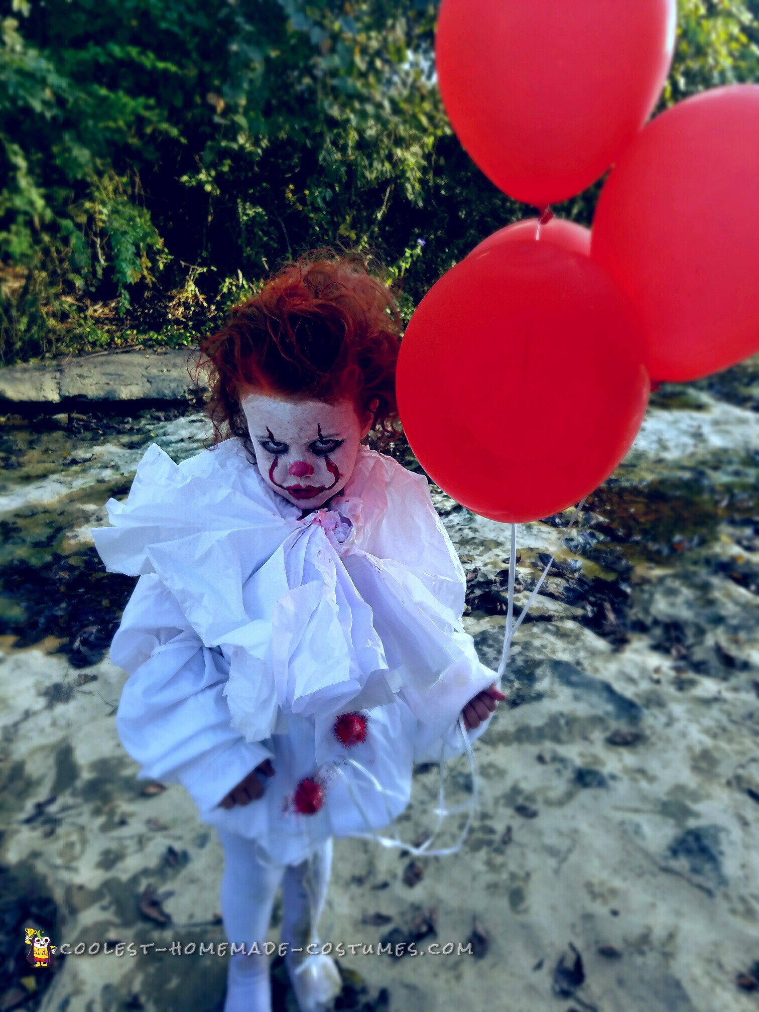 The cutest pennywise costume you will ever see