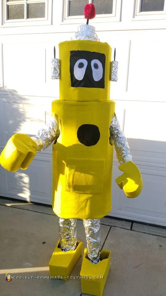 Cool Homemade Yo Gabba Gabba Plex Robot