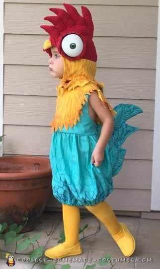 Hilarious Homemade HeiHei Costume from Moana