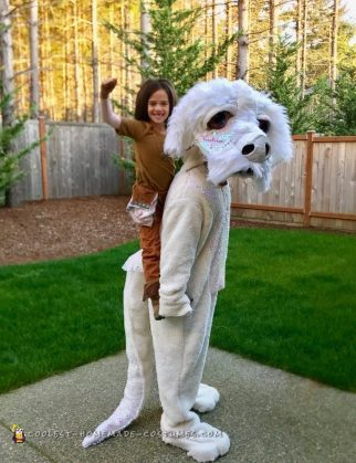 Cool Homemade Dad and Daughter Costume - Atreyu and Falkor from Nevereding Story