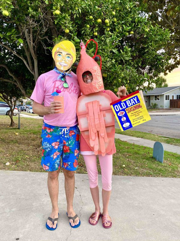 Cleverest DIY Couples Costume Ever!