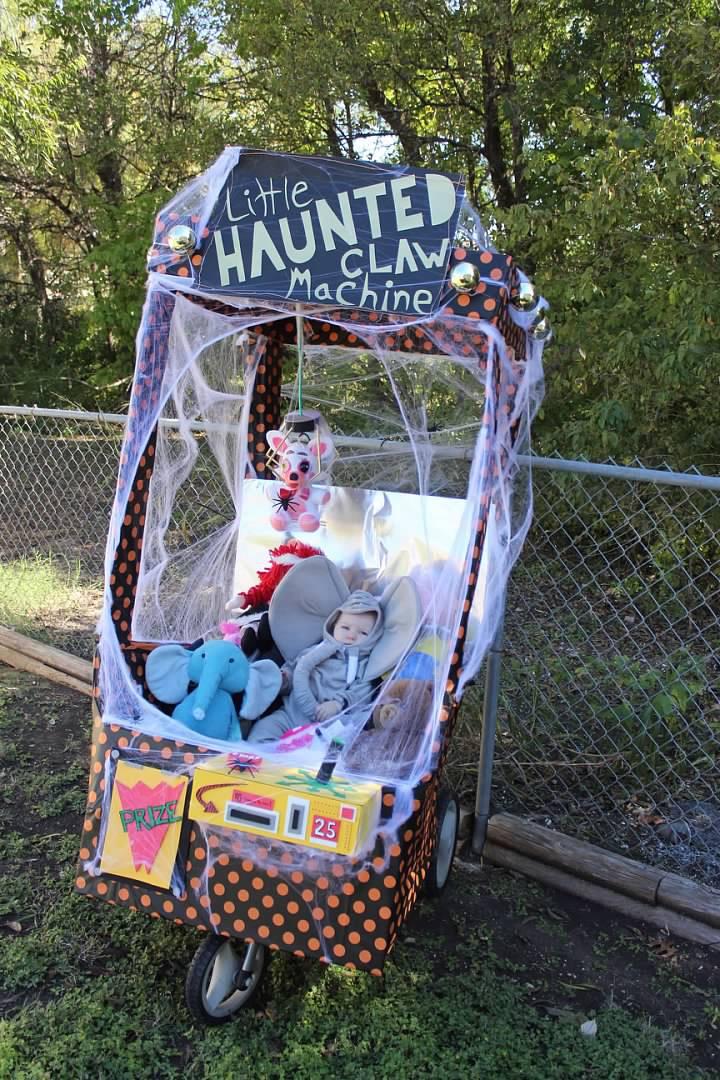 Haunted Claw Machine
