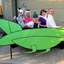 Out-of-this-World Jetson's Family Costume!