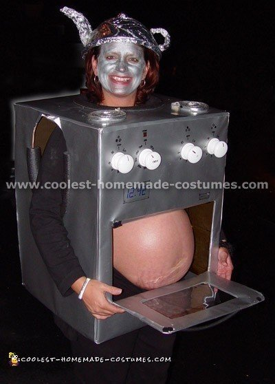 Pregnant Woman's Bun in the Oven Costume